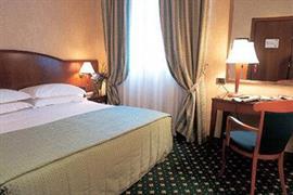 98179_003_Guestroom