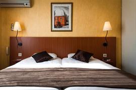 93571_007_Guestroom