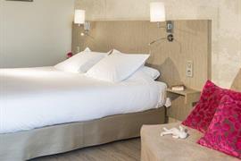 93739_005_Guestroom