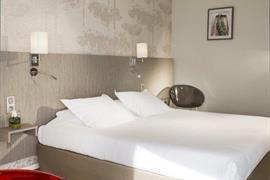 93739_006_Guestroom