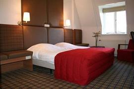 92597_006_Guestroom