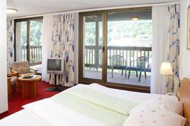 95437_007_Guestroom