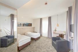 95466_004_Guestroom