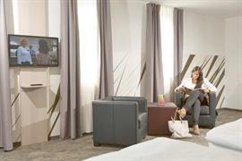 95466_005_Guestroom