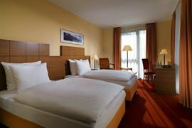 95387_003_Guestroom