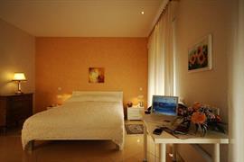 94213_007_Guestroom