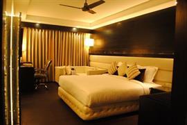 76968_004_Guestroom