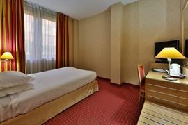98235_003_Guestroom