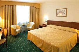 98262_002_Guestroom
