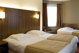 92615_007_Guestroom