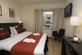 88196_007_Guestroom