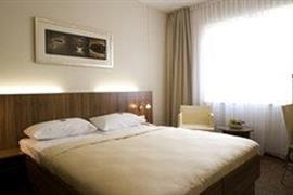 95380_007_Guestroom