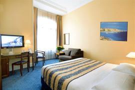 93629_003_Guestroom