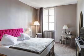 93792_004_Guestroom