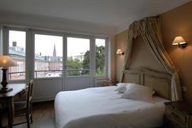 93670_003_Guestroom