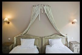 93670_005_Guestroom