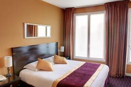93676_002_Guestroom