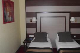 93613_004_Guestroom