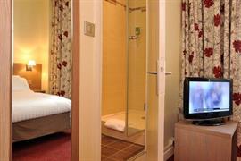 93526_007_Guestroom