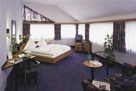 95323_003_Guestroom