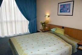 95323_004_Guestroom