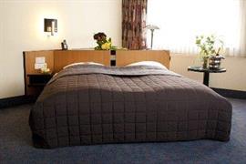 95323_005_Guestroom