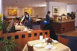 95323_006_Restaurant