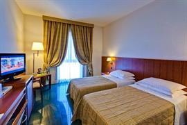 98260_007_Guestroom