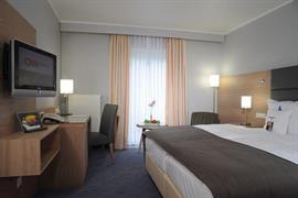 95012_007_Guestroom