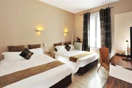 93750_006_Guestroom