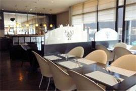92931_006_Restaurant