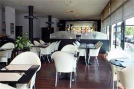 92931_007_Restaurant