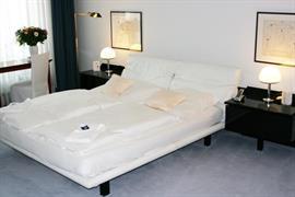 95086_004_Guestroom