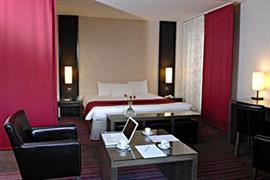 93736_003_Guestroom