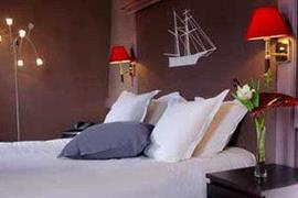93636_005_Guestroom