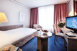 95185_003_Guestroom