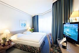 95185_004_Guestroom