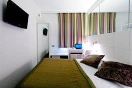 92934_003_Guestroom