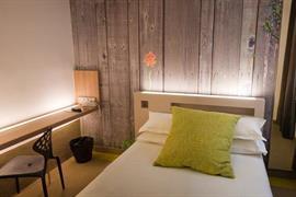 93728_004_Guestroom