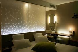 93728_005_Guestroom