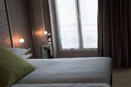 93728_006_Guestroom