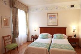 98068_007_Guestroom