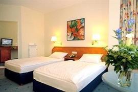 95210_005_Guestroom