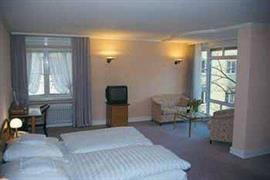95183_004_Guestroom