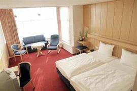 95425_006_Guestroom