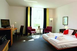 95457_001_Guestroom