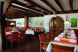 95457_003_Restaurant