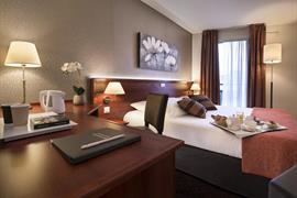 93610_001_Guestroom