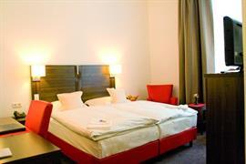 95134_004_Guestroom