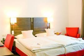 95134_005_Guestroom